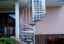 Zunanje jeklene stopnice