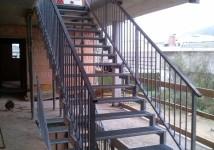 Jeklene stopnice
